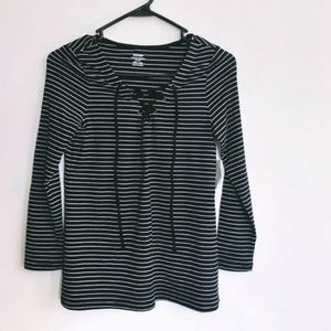 Old Navy Pinstripe Lace Up Chest 3/4 Sleeve Shirt
